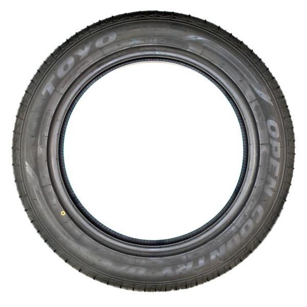 TOYO OPEN COUNTRY U/T 235/65 R17 104H